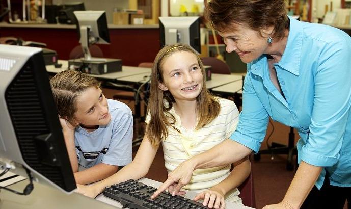 10 Tahap Cara Mengajar Komputer Untuk Anak